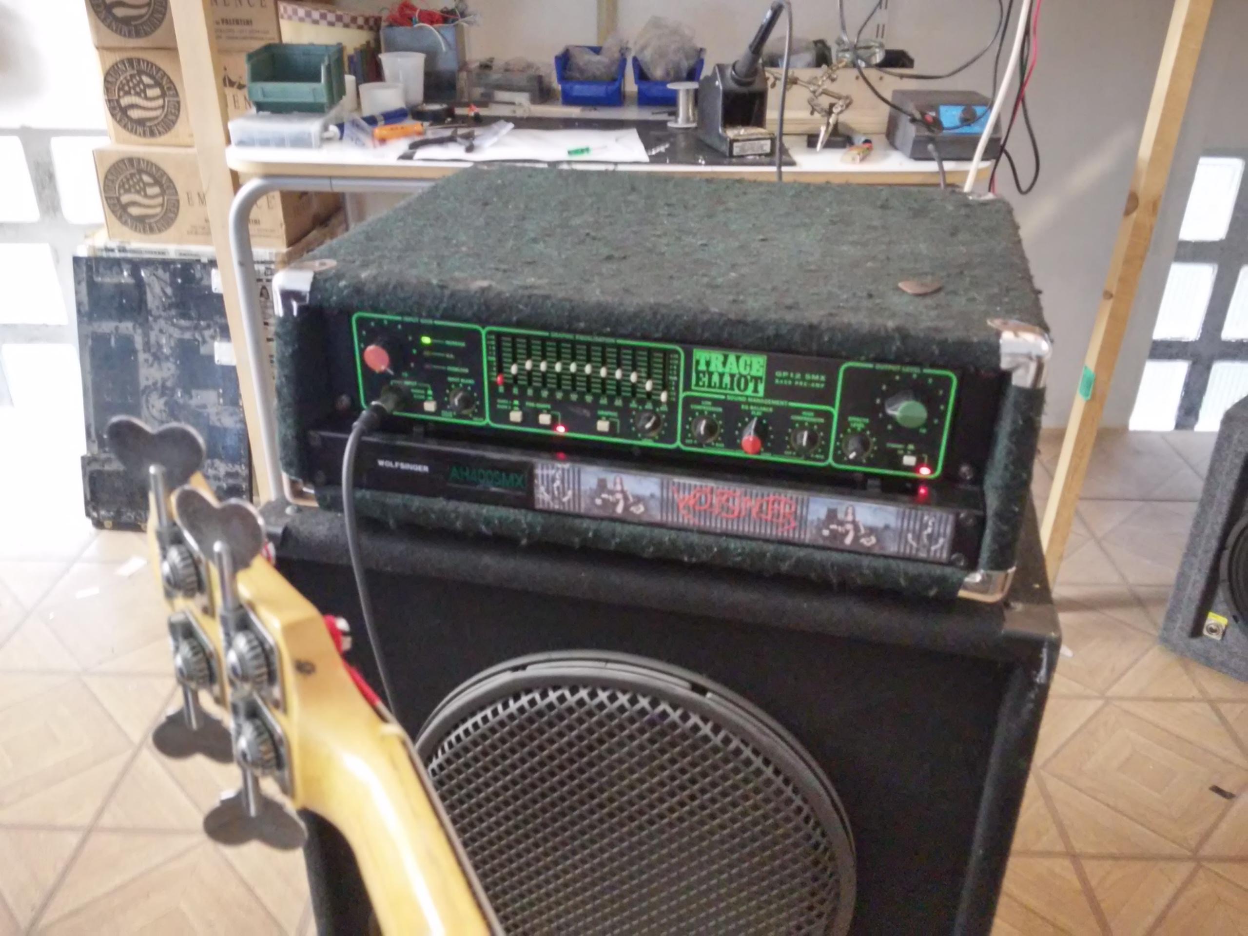 riparazioni chitarre ampli effetti